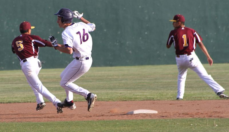 Bucks pic11-Cody Ivey safely steals 2nd