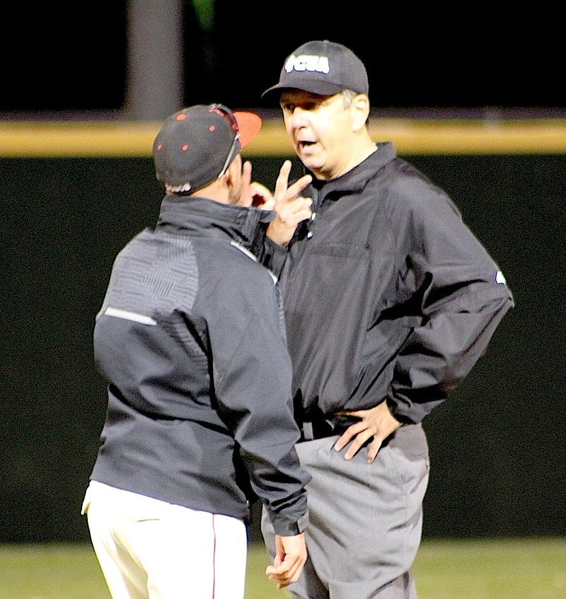 Bobby Mesker argues with field ump