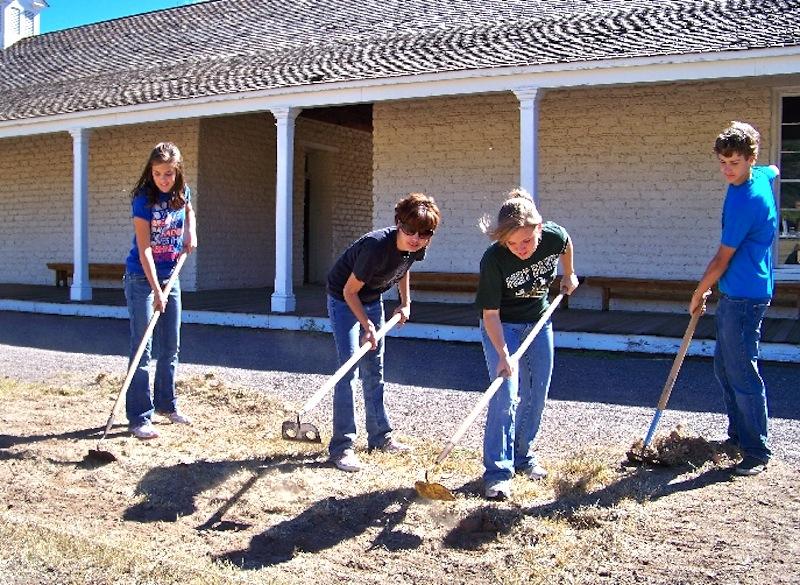 Fort Davis HS students 2009