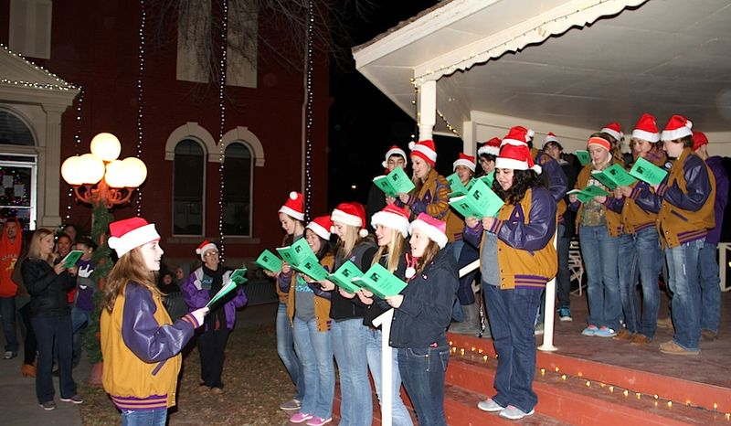 Singers at 2013 Parade of Lights